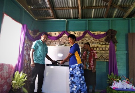 First sale for a woman entrepreneur in Mali island